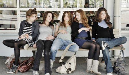 17 Kız - 17 Girls (17 Filles) izle