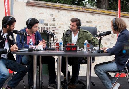 Radyo Yıldızları - Radiostars izle