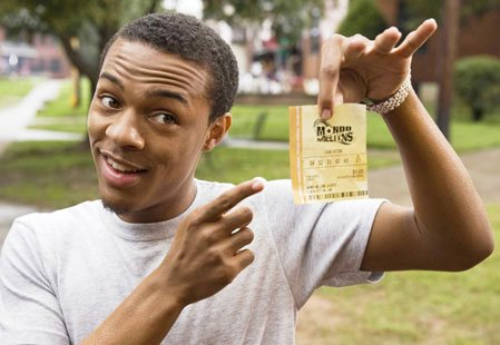Büyük İkramiye(Lottery Ticket) izle