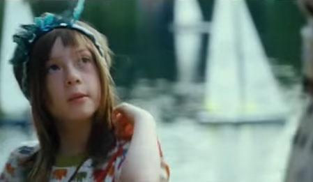Arada Kalan - What Maisie Knew izle