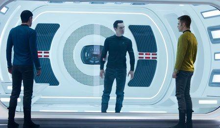 Bilinmeze Doğru: Star Trek - Star Trek Into Darkness izle